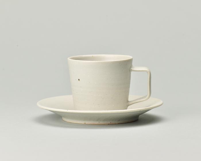 doppo陶器のコーヒーカップソーサー_白.jpg