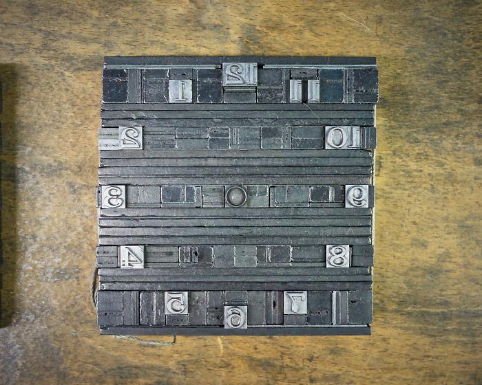 letter press clock 能登 二行和紙 活版印刷 DSC03434.jpg